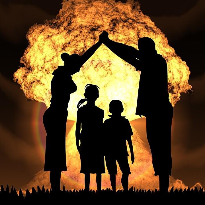nuclear-war-1427454_960_720