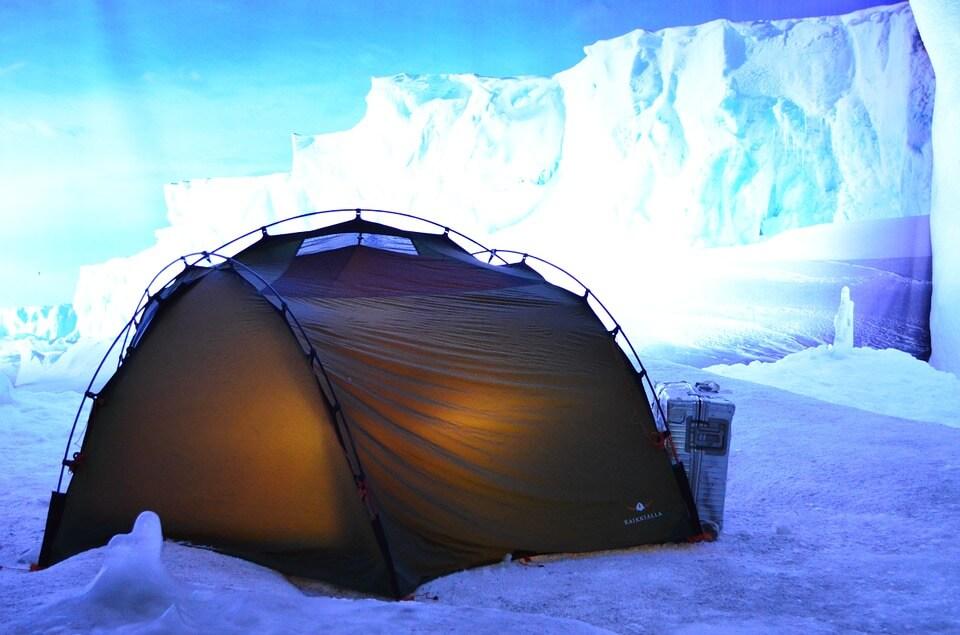 tent-384108_960_720